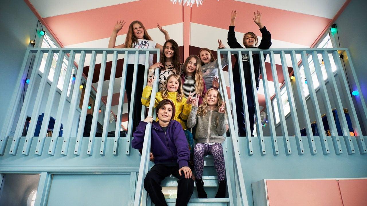 Barn på loft
